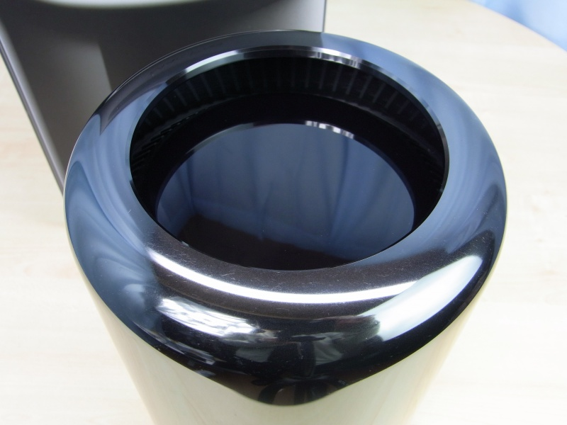 Apple Mac Pro (Late 2013) MD878J/A 6コア 現行品